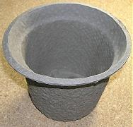 ウールと古紙から生まれた植木鉢