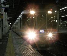 静岡駅に停車中の「ムーンライトながら」