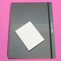 ツインリングノートブックA4横罫(黒)とメモパッド方眼(白)