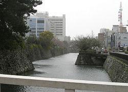 駿府公園外堀 静岡雙葉学園中学校・高等学校付近 2010.03.21 11:52