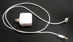 10W USB電源アダプタとDockコネクタ用USBケーブル