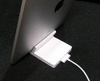 DockコネクタとDockコネクタ用USBケーブ
