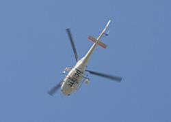 第18回静岡ヘリポート祭りで遊覧中のヘリコプター