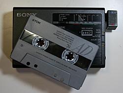 カセットテープとウォークマン