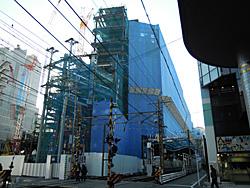 新静岡センター跡地に建設が進む新静岡再開発ビル 2010.12.18<br />