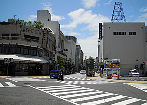 七間町の交差点