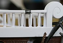 前方左舷甲板手摺の補修