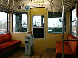 岳南鉄道の車内