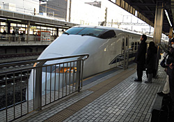 静岡駅 7:17発 下り こだま697