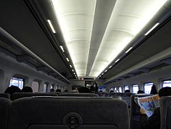 300系新幹線の車内