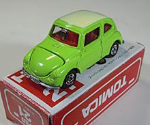 トミカのスバル 360のミニュチュアカー