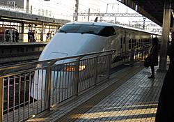 300系新幹線 下り こだま 697号 JR静岡駅 2012.03.12 07:17