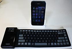 ELECOM TK-FBS035E BKとiPhone 4