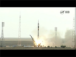 Soyuz TMA-05M spacecraft (2012.07.14 22:40 EDT) NASA TV から画像引用