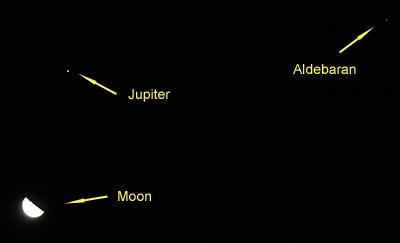 下弦の月と木星とアルデバラン 2012.09.09 0:13 静岡市葵区 東の空