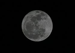 満月 月齢 15.7 2013.01.27 19:12 静岡市葵区平野部 東の空