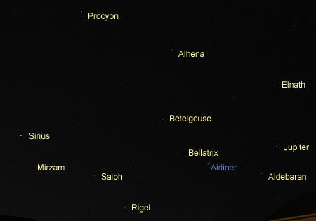 木星とオリオン座やおおいぬ座、こいぬ座、おうし座、ふたご座の恒星  2013.04.07 20:43 静岡市葵区平野部 西の空