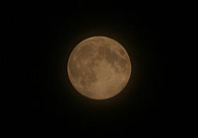 月齢14.3の月 2013.07.22 22:18 静岡市葵区平野部 南の空