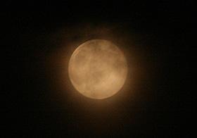 月齢15.2の月 2013.07.23 21:04 静岡市葵区平野部 南の空