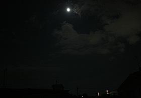 月齢 11.6の月 2013.08.18 20:10 静岡市葵区平野部 南の空