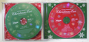 Christmas Eve 30th ANNIVERSARY EDITION 左:DVD 右:CD<br />