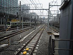 JR東京駅 9-10番ホーム(東海道線)の神田方向