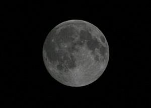 月齢 14.8の月 2014.06.12 23:15 静岡市葵区平野部東南の空
