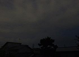 満月が昇っているはずの皆既月食直前の空 2014.10.08 18:00 静岡市葵区平野部 東の空