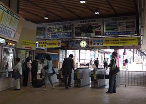 三島駅 JR線・駿豆線乗換改札口(JR側)