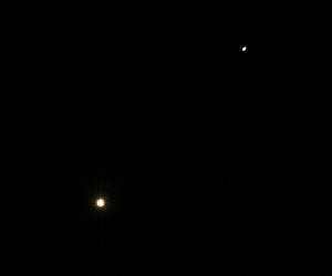 金星(左下)と土星(右上) 2016.01.10 5:37 静岡市葵区平野部 南東の空