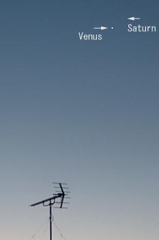 金星と土星 2016.01.10 6:29 静岡市葵区平野部 南東の空