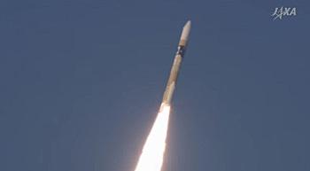 2016.02.17 17:45 種子島宇宙センターからX線天文衛星ASTRO-Hを搭載し打ち上げられたH-IIAロケット30号機