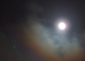 月齢15.0の月と木星 2016.02.23 23:31 静岡市葵区平野部 南南東の空