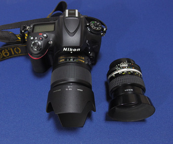 Nikon D610+NIKKOR 35mm f1.8 ED(左)とNIKKOR 35mm f2