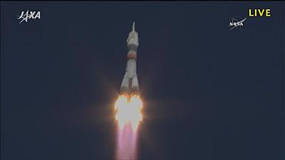 打ち上げ直後のソユーズ宇宙船 ※JAXAのサイトから画像引用