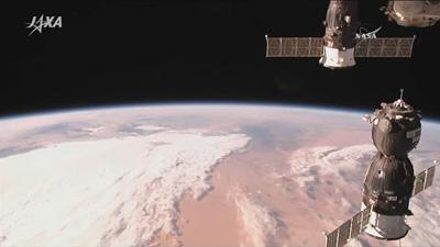 ISSにドッキングするソユーズ宇宙船 ※JAXAのサイトから画像引用