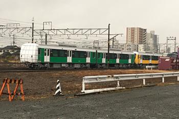 JR富士駅東側コンテナヤードに停められた甲種輸送中のA3000形