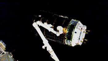 JAXA HTV7が国際宇宙施打て-ションにキャッチアップ ※ NASA Videoから画像引用
