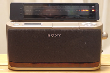 AM/FMラジオ Sony ICF-A101