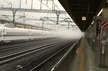 JR静岡駅新幹線ホーム 2019.02.20 6:55